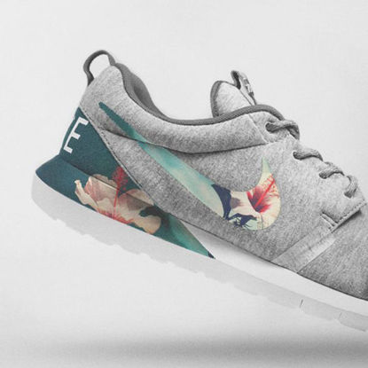 تصویر  Nike Floral Roshe Customized Running Shoes